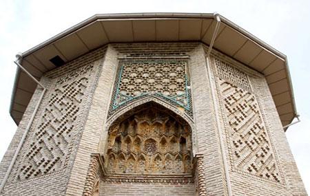 گشتی در امامزاده نور گرگان