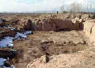 آشنایی با تپه باستانی سنگ چخماق -شاهرود عکس