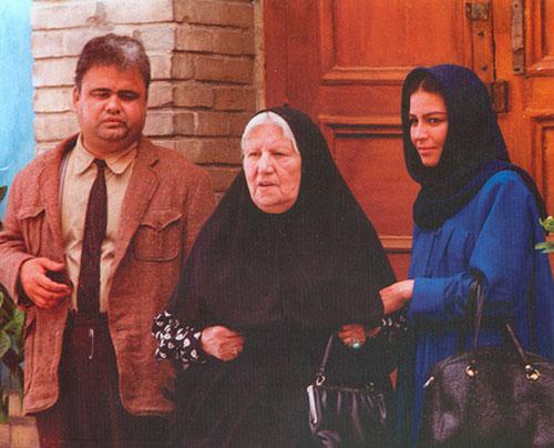 چرا اکرم محمدی این روزها کم کار شده است؟