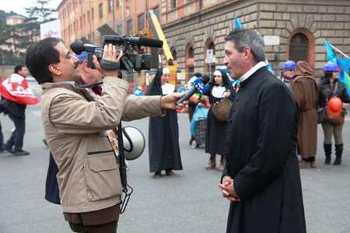 حمید معصومی نژاد خبرنگار از زندگیش در رُم و ناراحتی هایش میگوید