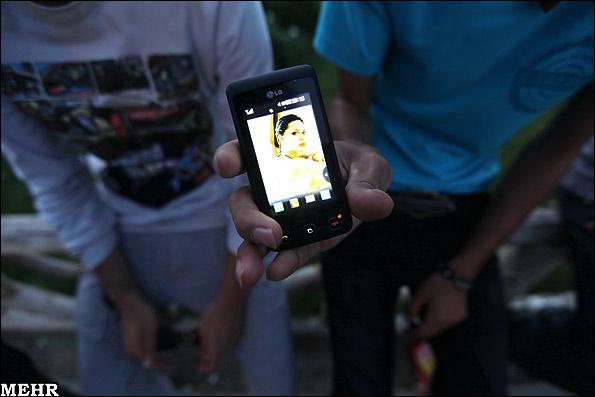 عکس هایی از مدل شلوار و موی جوانان ؛ اینجا ایران وتهران