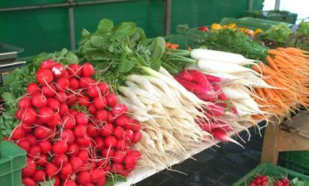 10 خوردنی طبیعی در نقش مسواک