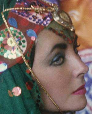 الیزابت تیلور در مشهد و هواپیمایی هما ( آلبوم تصویری)