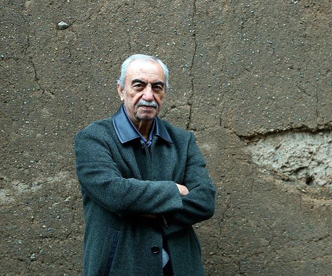 داود کیانیان نمایشنامه نویس
