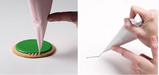 قیف کاغذی بسازید وشیرینی های خورا تزیین کنید