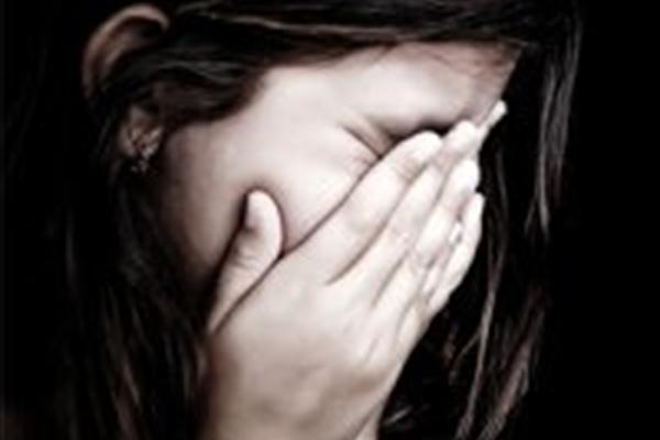 بارداری دختر 13 ساله توسط داماد