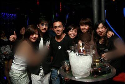گوشه ای از تصاویر برخی از مراکز فساد و کاباره های مالزی