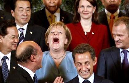 عکس : چقدر زشت می خنده !