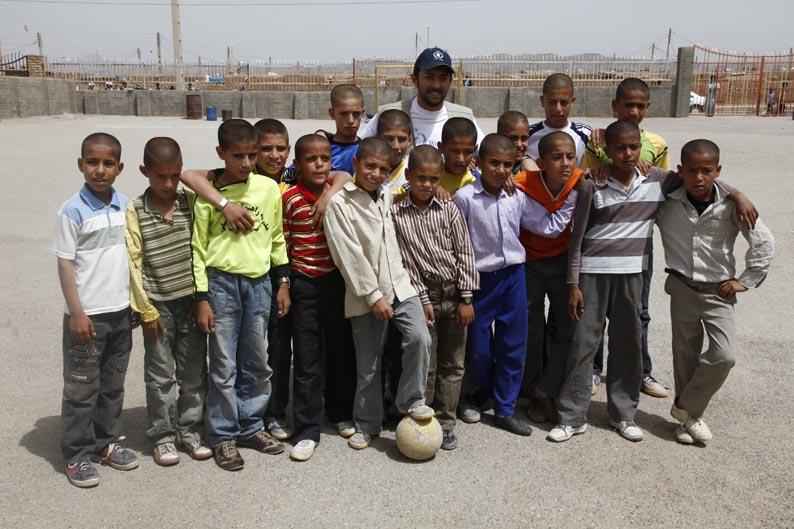 گزارش تصویری : بهرام رادان از کمپ پناهندگان افغان بازدید کرد