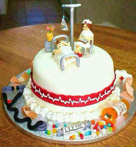 تزیین کیک روز پرستار