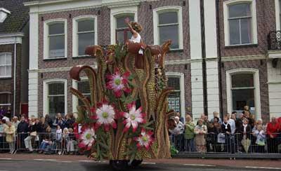 کارناوال میوه در هلند به نام