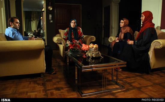 بازی لعیا زنگنه و امیرحسین مدرس در یک سریال سیاسی