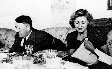 آدولف هیتلر و وقایع روزهای آخر زندگیش تصاویر
