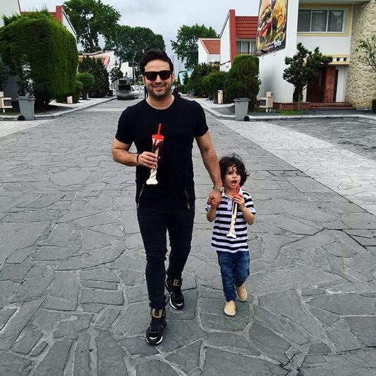 بچه داری به سبک خوانندگان مشهور ایرانی / عکس های خوانندگان به همراه فرزندانشان