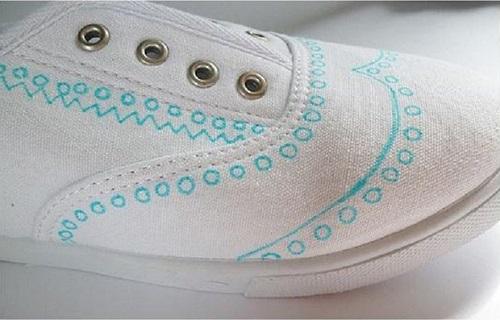 رنگ کردن کفش