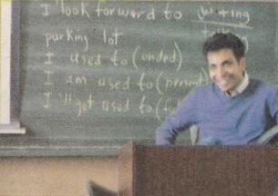 عکسهای دیدنی تدریس عادل فردوسیپور در دانشگاه صنعتی شریف