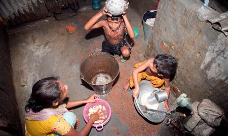 روز جهانی ریشه کنی فقر در 17 اکتبر