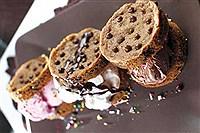طرز تهیه ساندویچ شکلات بستنی