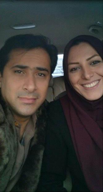 گزارشگر مشهور ورزشی تلویزیون در کنار همسرش
