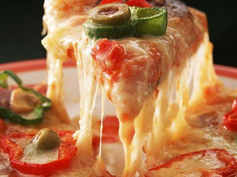 دستور تهیه پنیر پیتزا در خانه