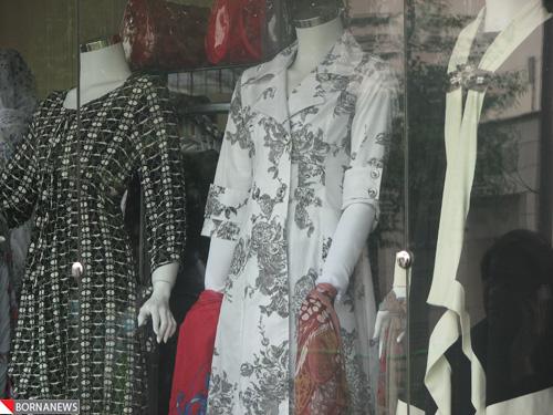 مانکنهای محجبه در مانتو فروشیهای شهر  عکس !