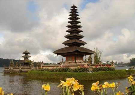 معبد پورا براتان، بالی تصاویر